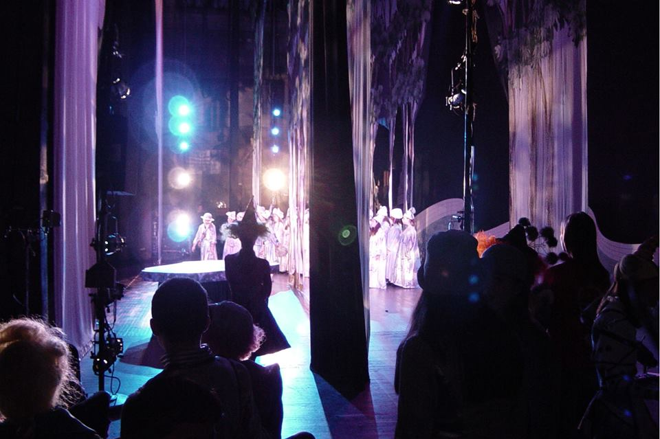 backstage nhà hát