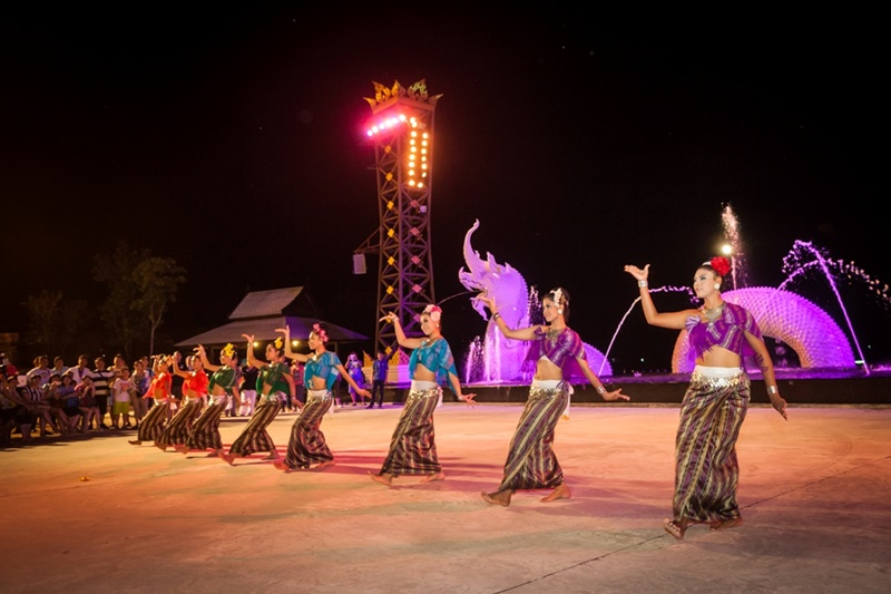 Siam Niramit Phuket (hình ảnh: Siam Niramit)