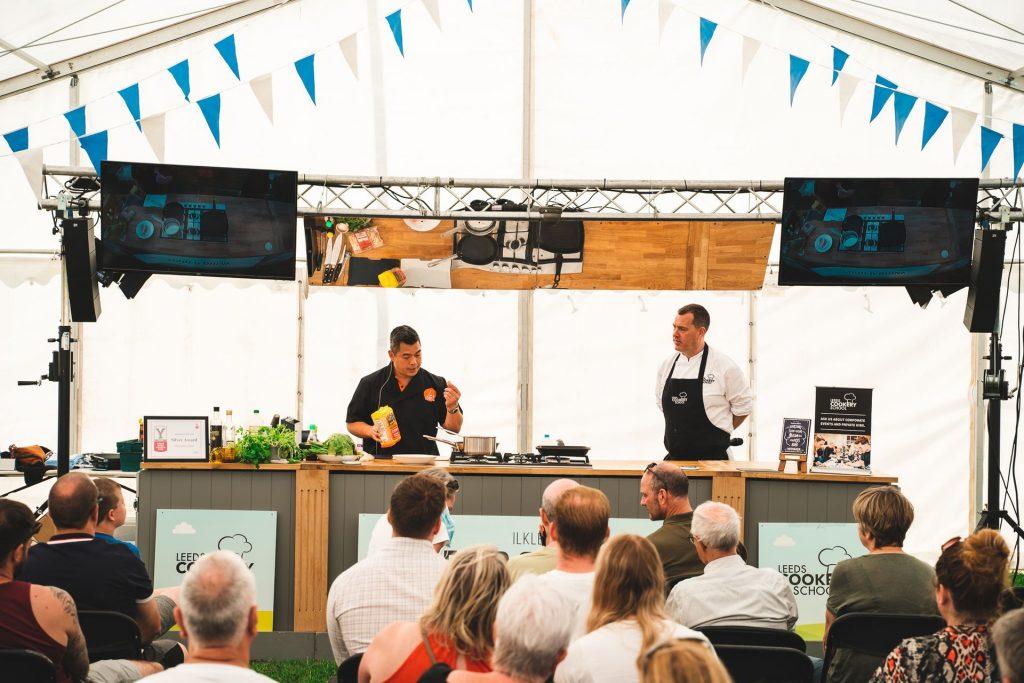 Biểu diễn nấu nướng trực tiếp (Hình ảnh: The North leeds food Festival)